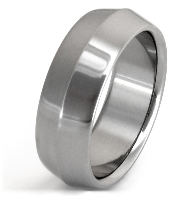 Knife-Edge Titanium Wedding Band Ring