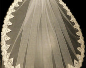 Bridal veil 1 Tier Ivory LACE EDGE bridal veil. 23 long Bridal wedding veil. Ivory, girls communion Veil