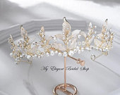 Gold Bridal Tiara with Leaf detailWedding Hair Accessories,Brides Hair JewelleryWedding CrownTiaras for BridesProm Tiaraprincess Crown