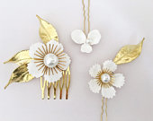 Bridal Hair Pins. Blossom Hair Pin set. White and Gold Flower Pins. Wedding Comb. Hand Enamelled Flowers. Leafy Hair Accessory.