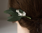 Greenery woodland style Eucalyptus hair clip Eucalyptus leaves Green leaf headpiece Bridal headpiece Realistic Eucalyptus Leaf hair clip