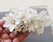 Ivory Wedding Hair Comb Bridal Hair Comb Lace Hair Comb Bridal Headpiece Bow Floral Hair Comb Wedding Hair accessory Bridesmaid hair