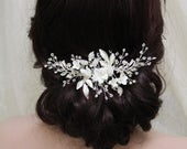Floral Wedding hair comb Bridal Hair comb Leaf Bridal headpiece Wedding hair piece Bridesmaid hair comb Silver Wedding Hair Accessory