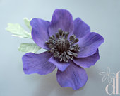 Purple anemone clip Anemone headpiece Anemone wedding Flower hair piece Wedding fascinator Purple flower fascinator Purple bridal flower