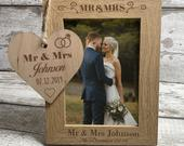 Personalised Wedding Gift Engraved Mr Mrs Photo Frame with Rustic Wooden Plaque Personalized Picture Frame Wedding Anniversary Keepsake