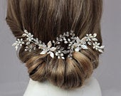 Side or Back Floral Hair Comb Head Piece, Set of 2 Wedding Hair Combs Rose Gold Silver or Gold, Pearl Crystal Back Head Piece for Bride