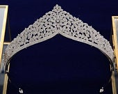 Beautiful Crystal Tiara, Wedding Tiara, Silver Tiara, Silver Crown, Silver Pearl Tiara, Bride Tiara, Tiaras For Wedding,Tiaras for Bride