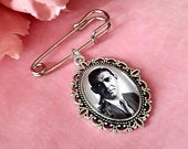 Groom memory photo lapel pin, Groom tie pin keepsake gift, groomsmen boutonniere photo charm gifts. DIY kits available.