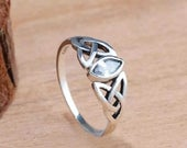 Celtic Knot Jewel Vintage Style Promise Band Ring Made From Sterling Silver 925 Eternity US Sizes 7 8 UK size N P