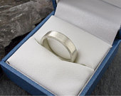 Platinum wedding ring, large flat