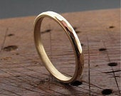 Wedding ring, small Rocky Coast in yellow or rose gold.
