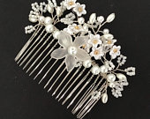 Bridal Hair Comb in White Ivory Gift Boxed Wedding Bride Pearl Accessory Jewellery Beaded