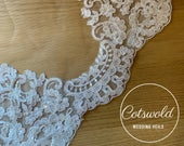 Fingertip Lace Wedding Veil, Lace Beaded Single Layer Soft Tulle Ivory Wedding Veil with a beaded Lace edge 43, 110cm