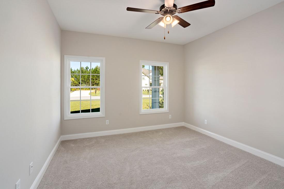 bedroom, carpet floors