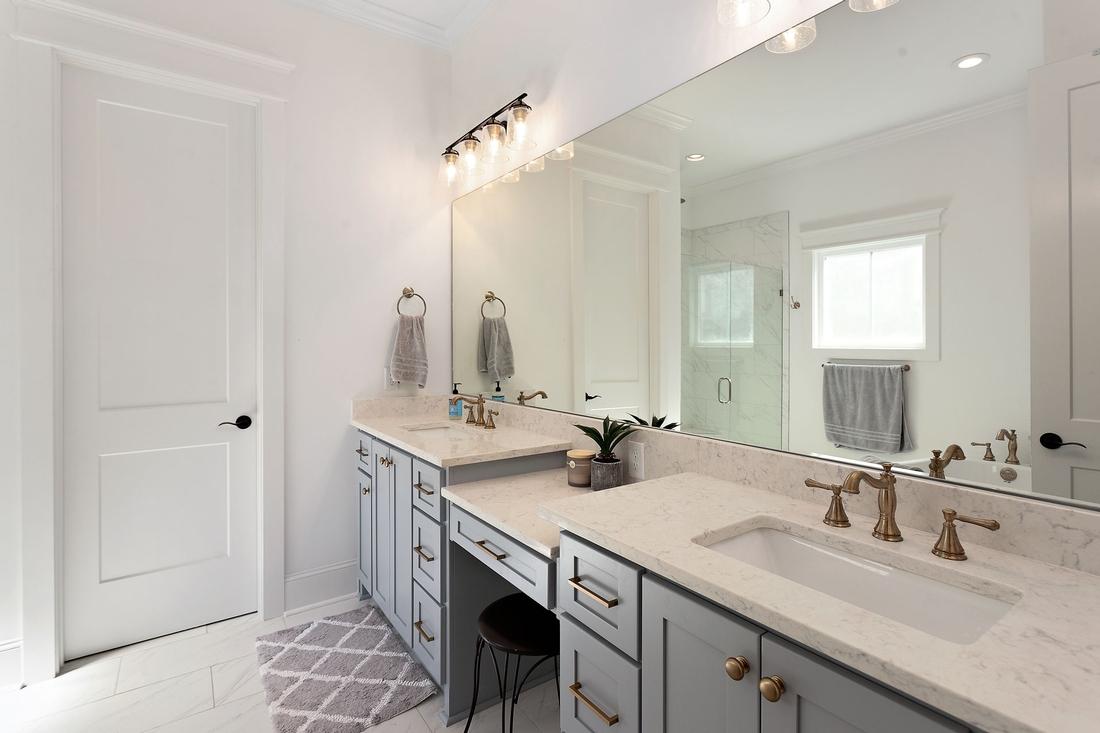 bathroom, two sinks