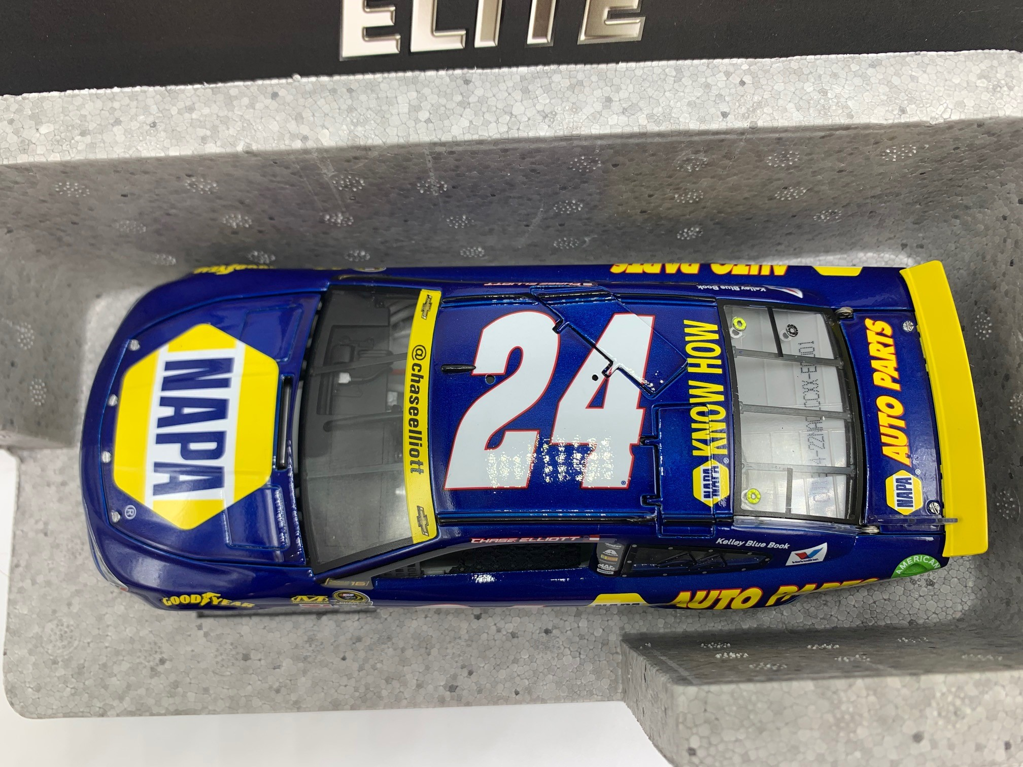 CHASE ELLIOTT 2016 NAPA CHASE FOR THE CUP 1:24 ELITE DIN #1
