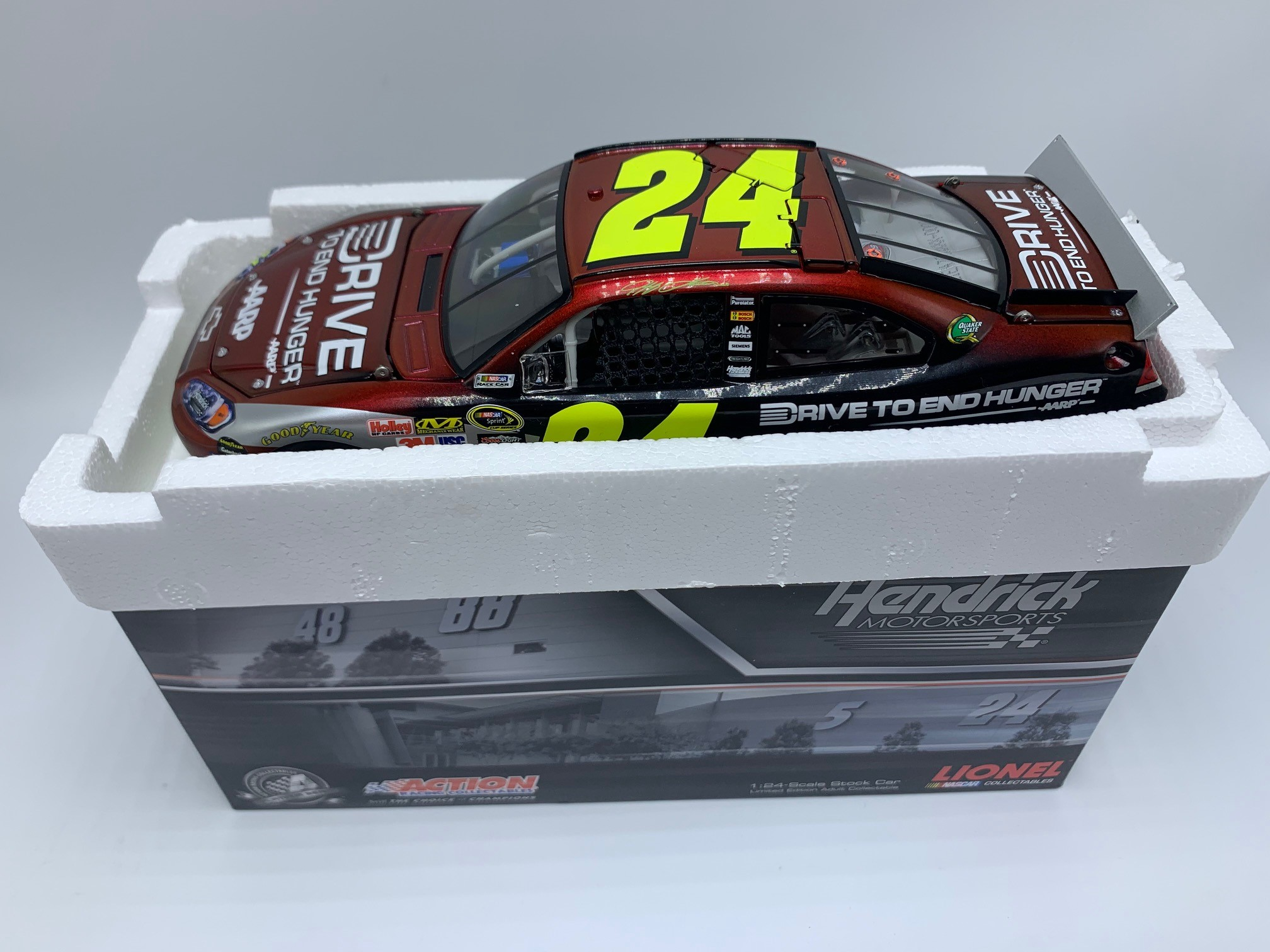 JEFF GORDON 2011 AARP DRIVE TO END HUNGER 1:24 ARC - DIN #1