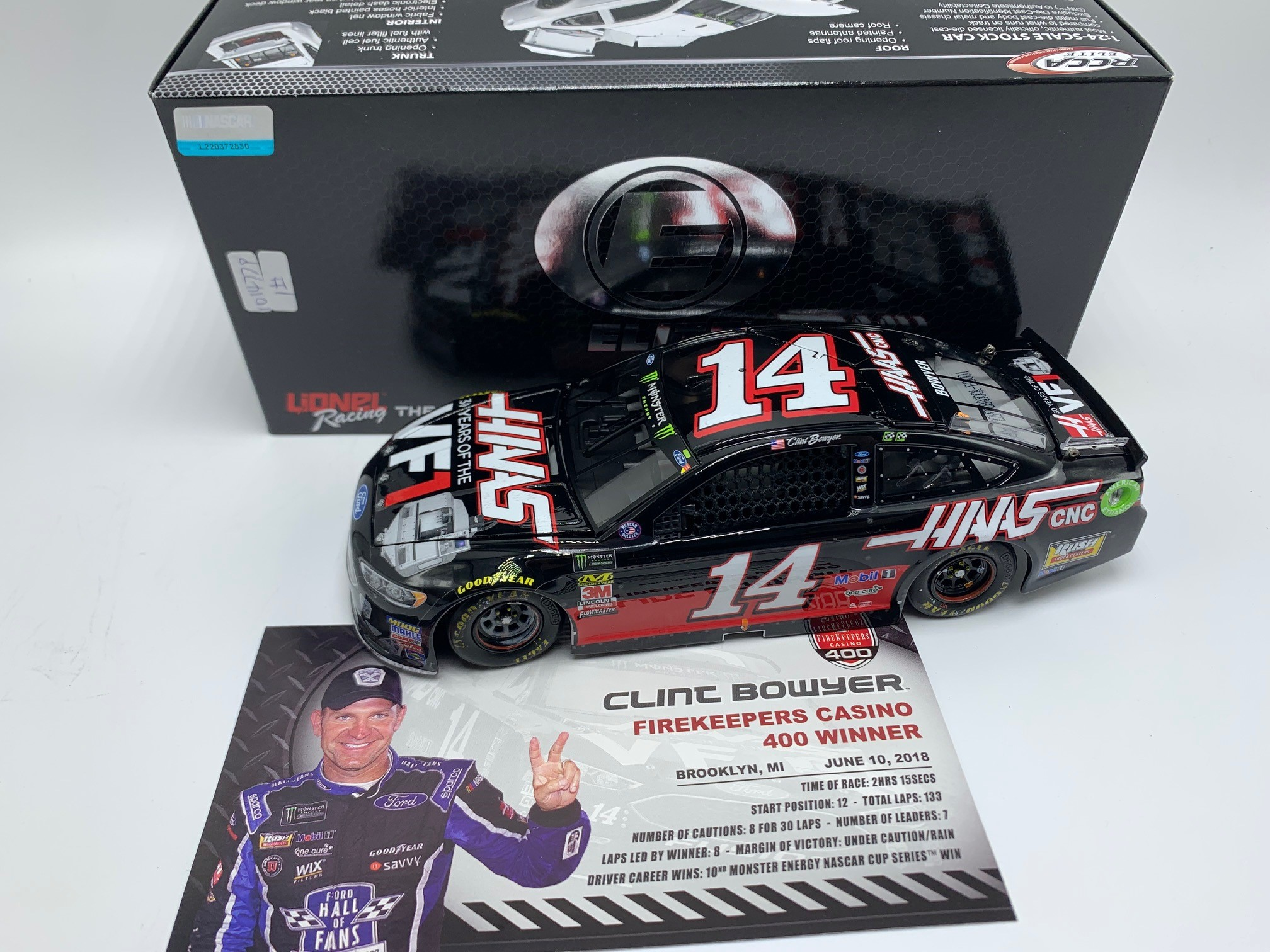 CLINT BOWYER 2018 HAAS 30 YEARS OF VFI MICHIGAN RACED WIN 1:24 ELITE DIECAST DIN #1