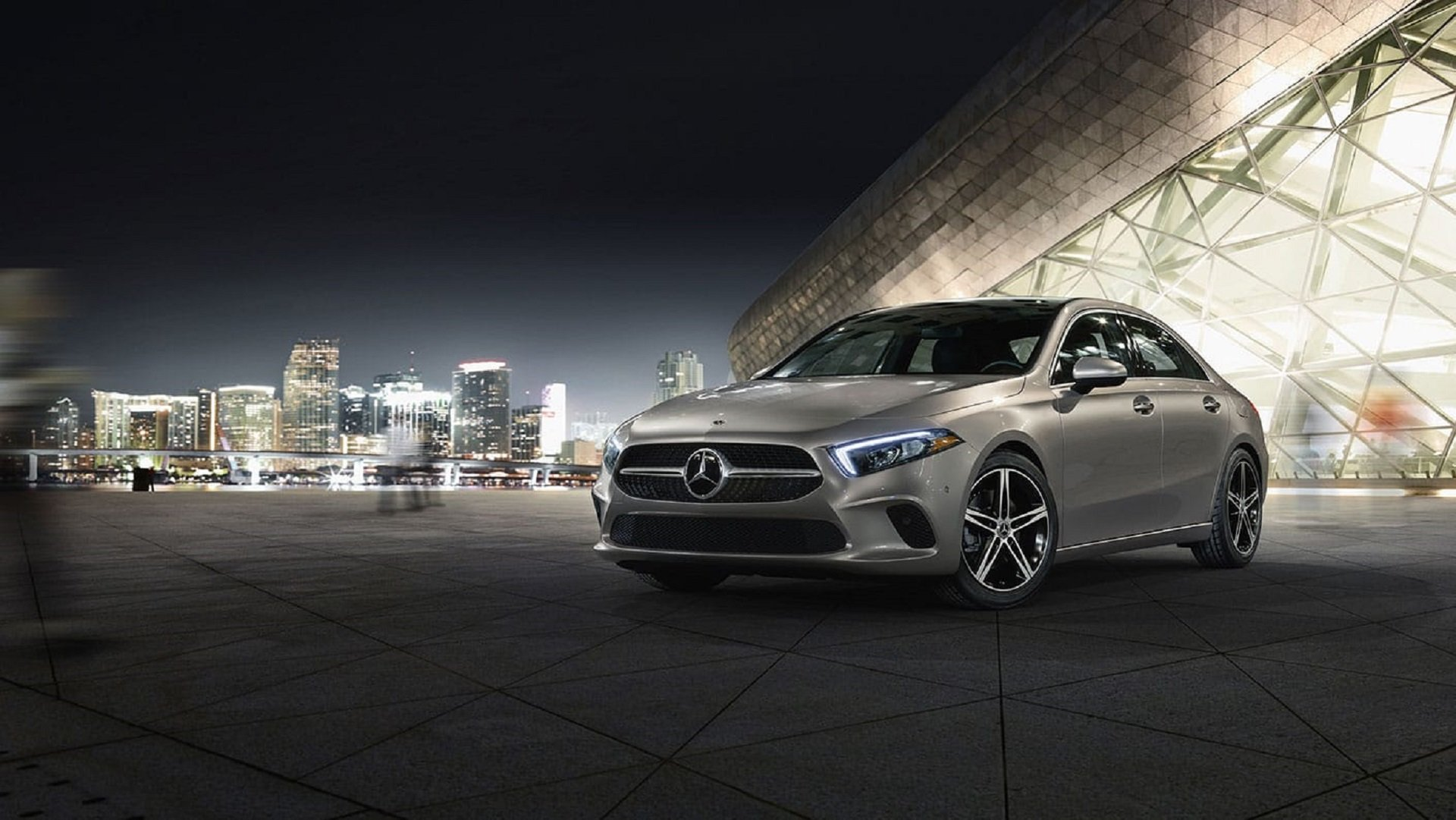 New Mercedes Benz >> Mercedes Benz A Class Lease Prices Buy Incentives Maplewood Mn