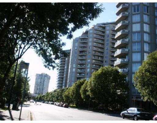 FEATURED LISTING: 902 1185 QUAYSIDE DR New Westminster
