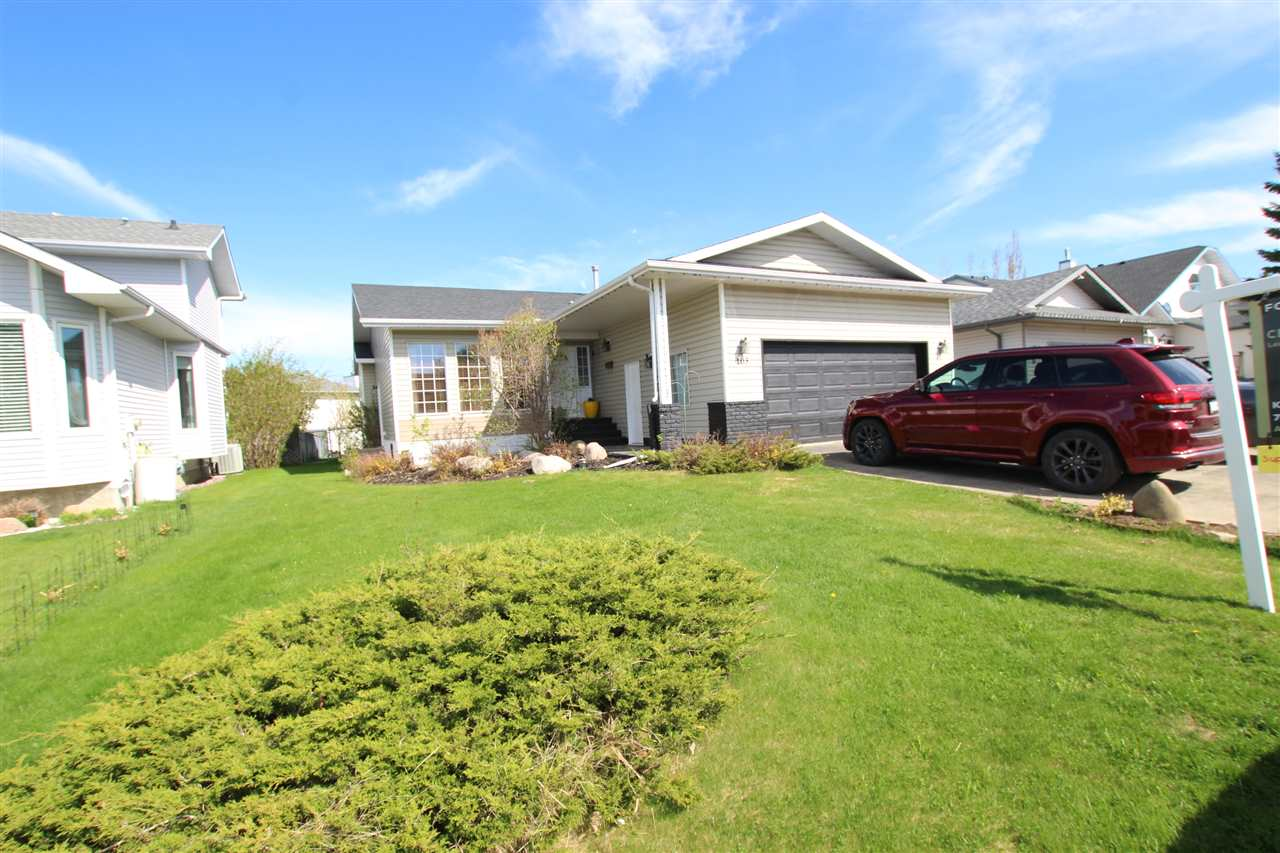 FEATURED LISTING: 103 WOODSIDE Crescent Spruce Grove