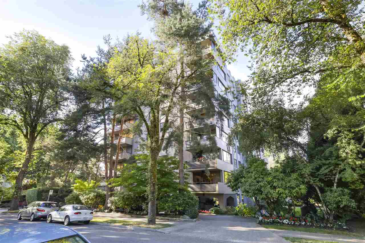 FEATURED LISTING: 800 - 1685 14TH Avenue West Vancouver