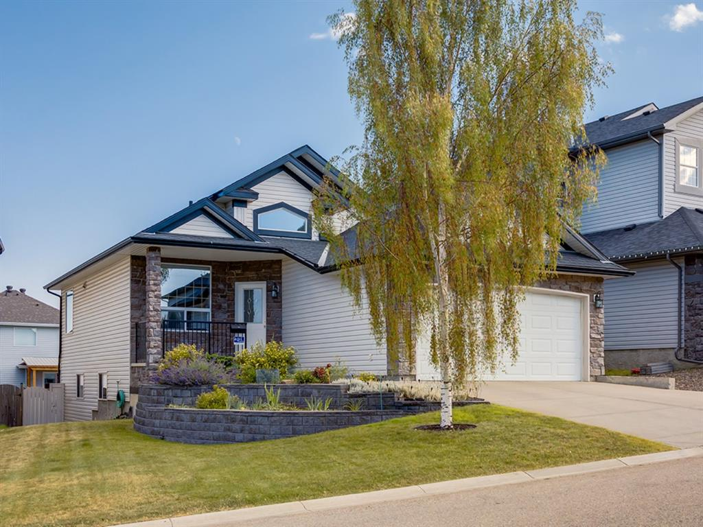 FEATURED LISTING: 51 KINCORA Park Northwest Calgary