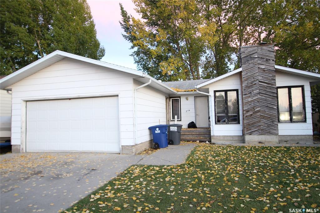 FEATURED LISTING: 254 Streb Crescent Saskatoon