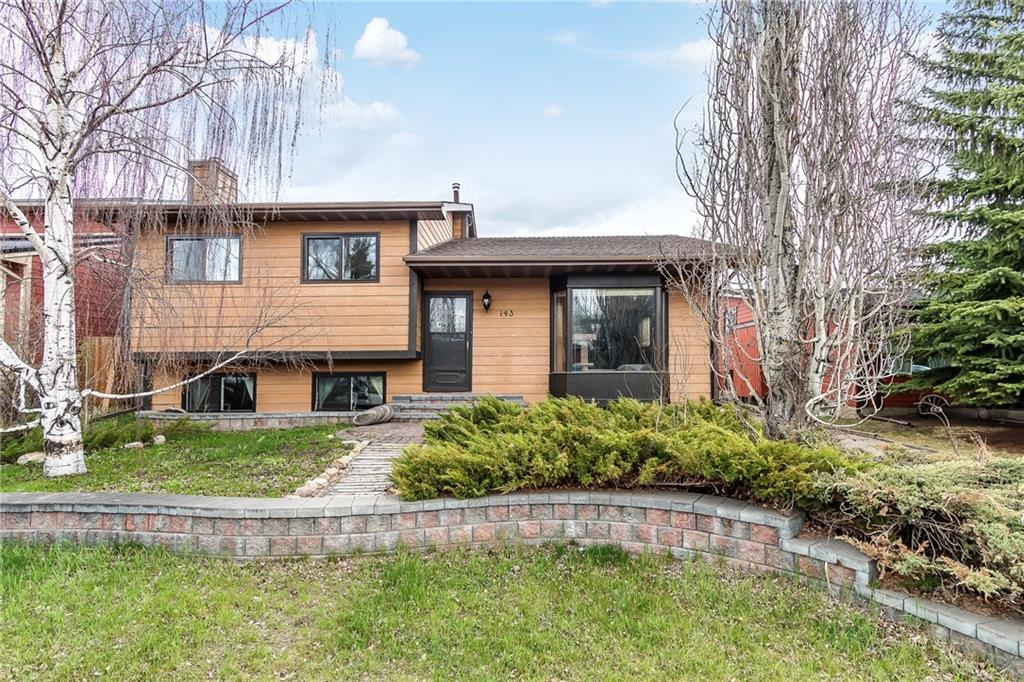 FEATURED LISTING: 143 Woodburn Crescent Okotoks