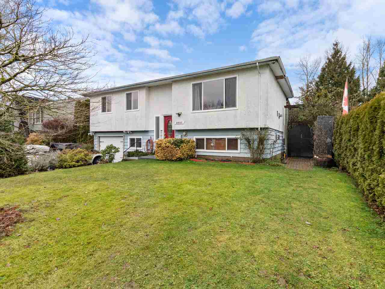 FEATURED LISTING: 26737 32A Avenue Langley