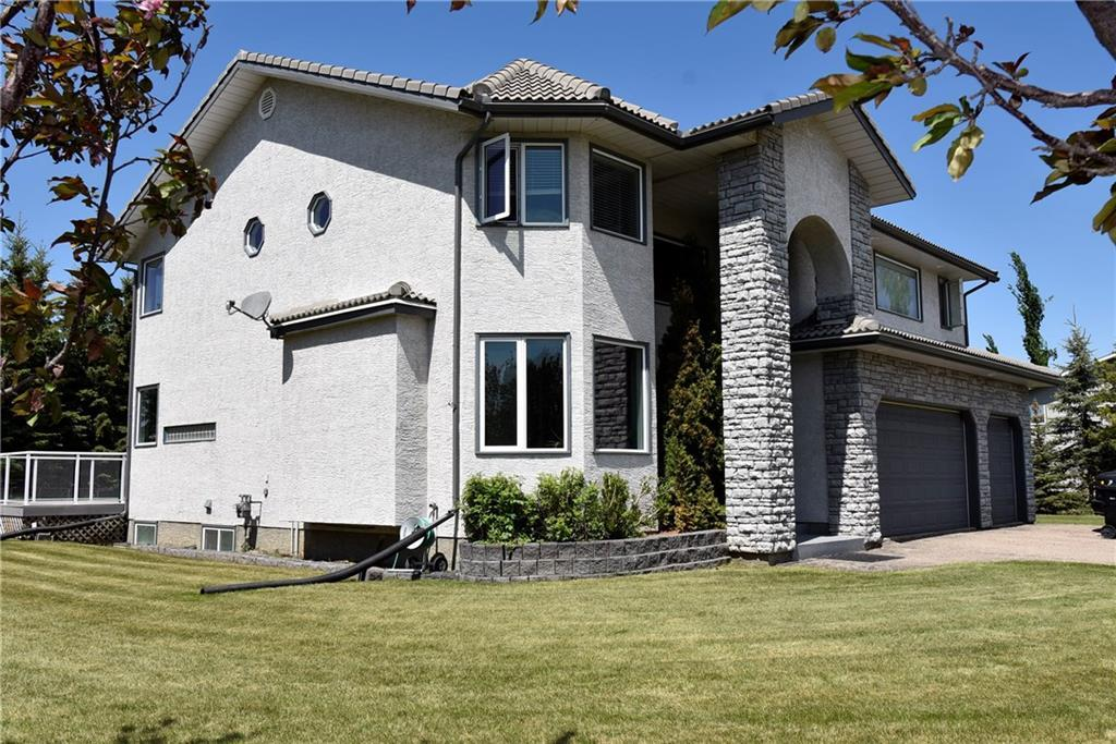 FEATURED LISTING: 1106 Gleneagles Drive Carstairs