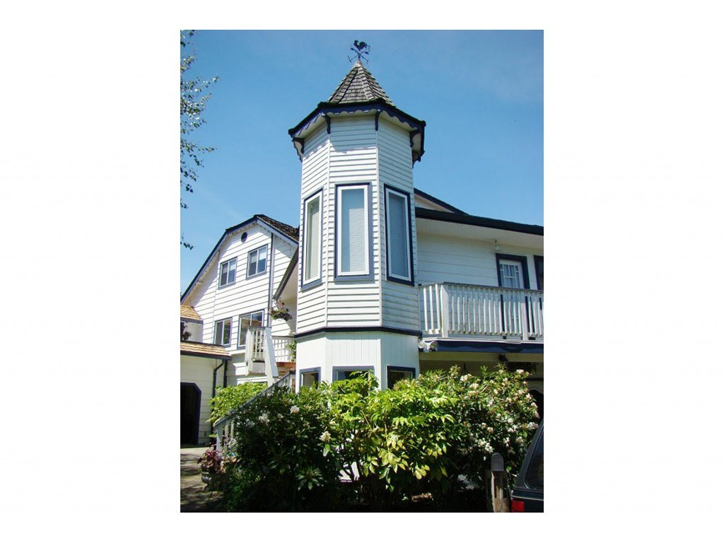 FEATURED LISTING: 16551 10 Avenue Surrey