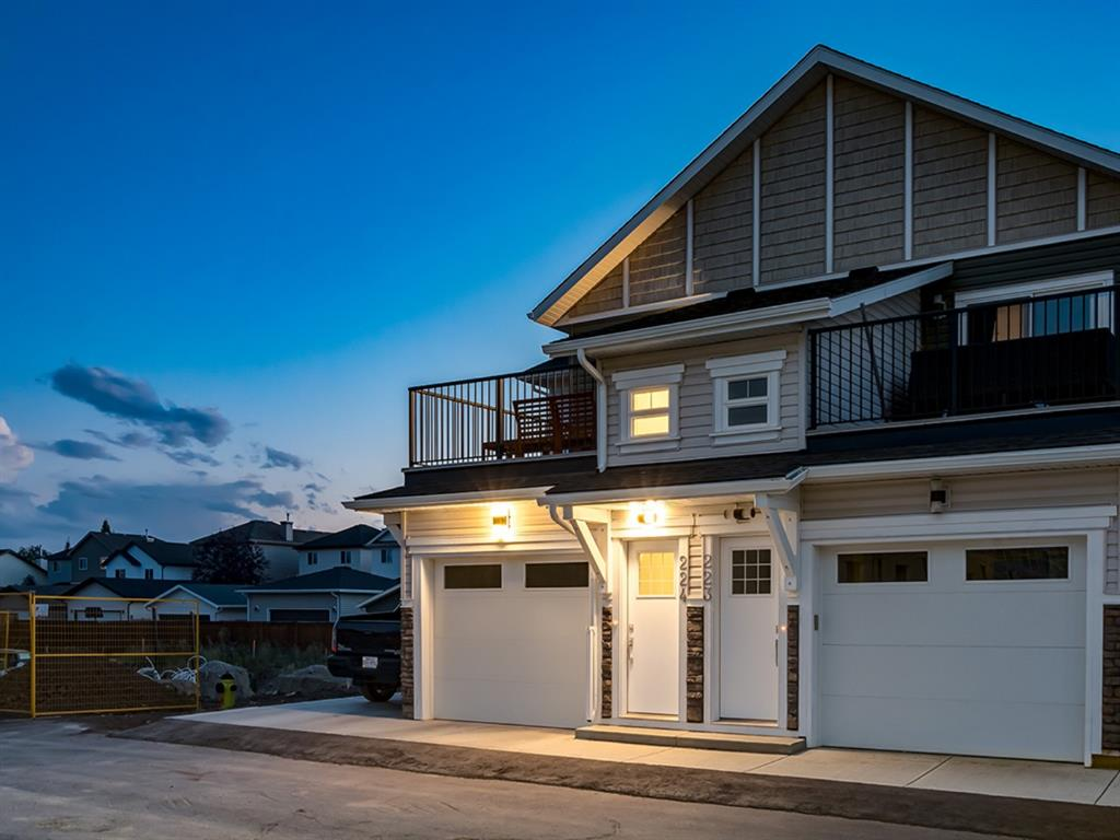 FEATURED LISTING: 224 - 115 SAGEWOOD Drive Southwest Airdrie