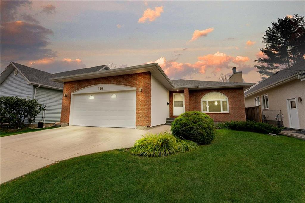 FEATURED LISTING: 116 Shillingstone Road Winnipeg