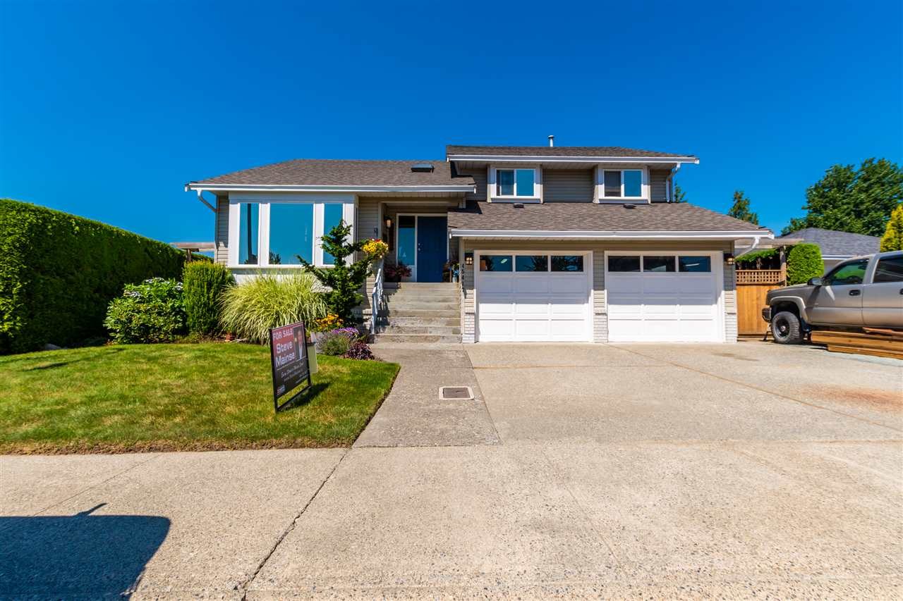 FEATURED LISTING: 45417 CARRIAGE Way Chilliwack