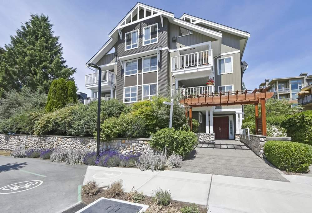 FEATURED LISTING: 302 128 21ST Street West North Vancouver
