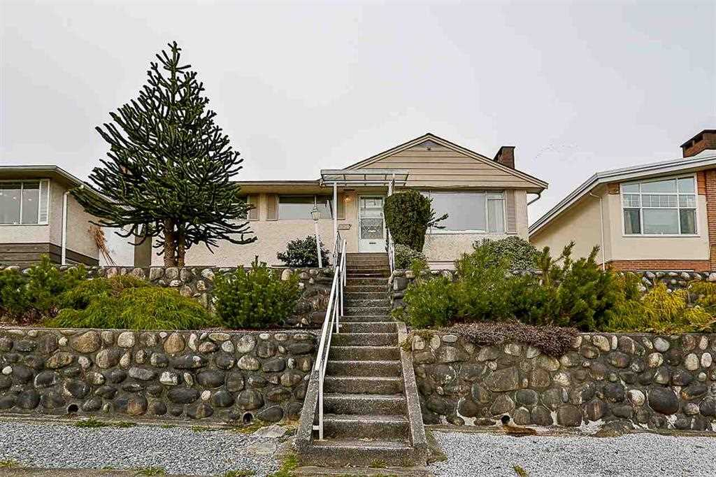 FEATURED LISTING: 551 GARFIELD Street New Westminster