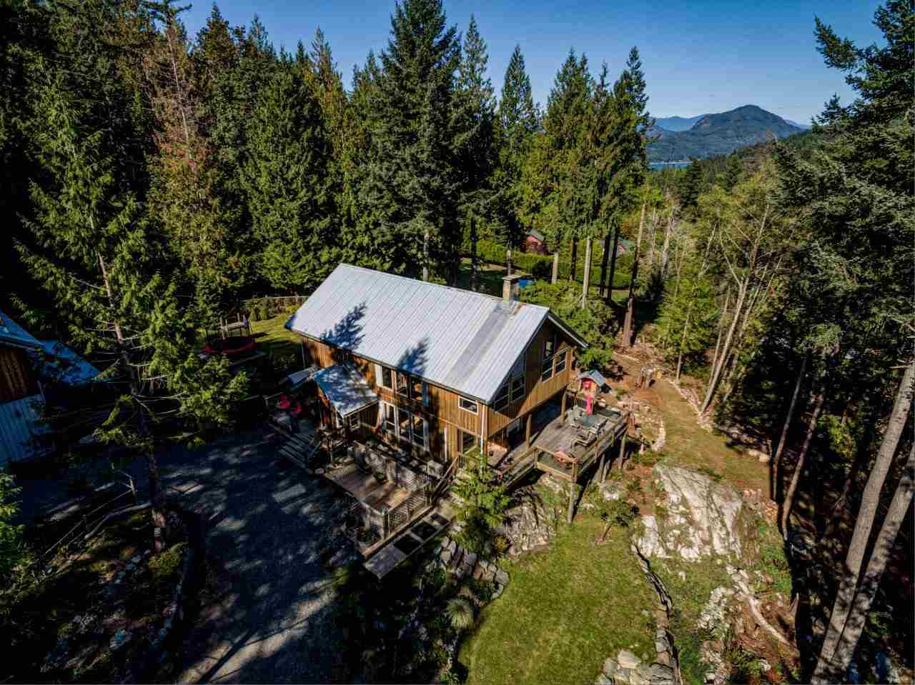 FEATURED LISTING: 894 BOLTON Road Bowen Island