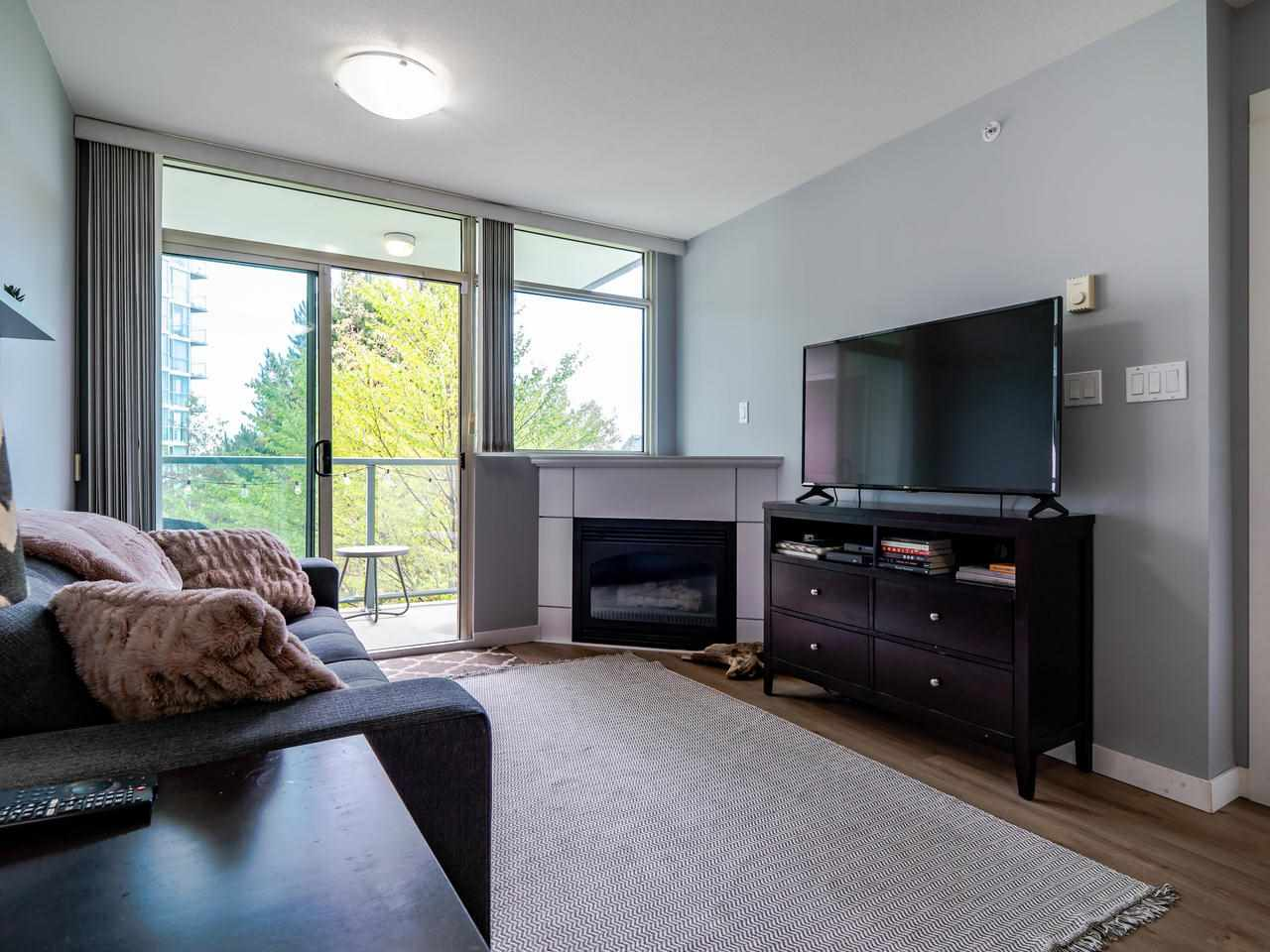 FEATURED LISTING: 302 - 2733 CHANDLERY Place Vancouver