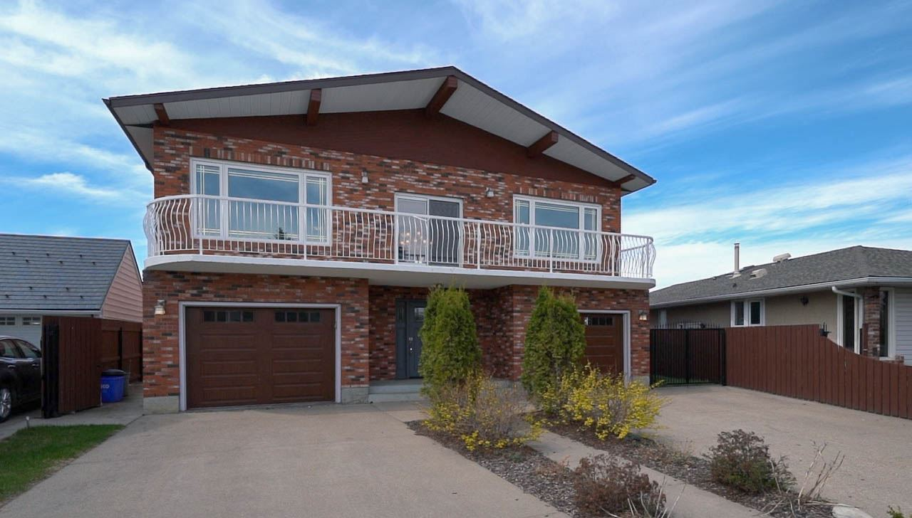FEATURED LISTING: 3220 89 Street Edmonton