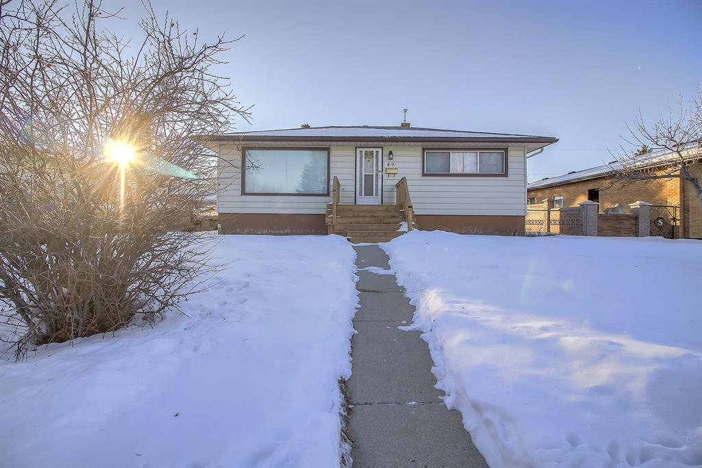 FEATURED LISTING: 49 Montrose Crescent Northeast Calgary