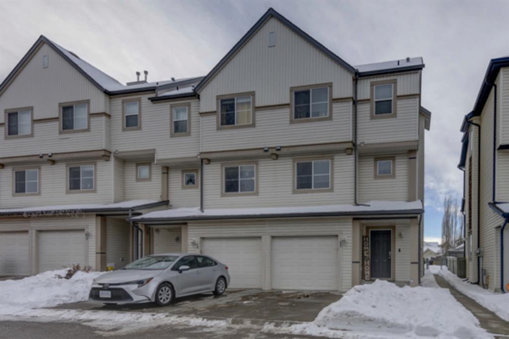 FEATURED LISTING: 17 Copperfield Court Southeast Calgary