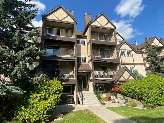 FEATURED LISTING: 7013 TUDOR Glen St. Albert