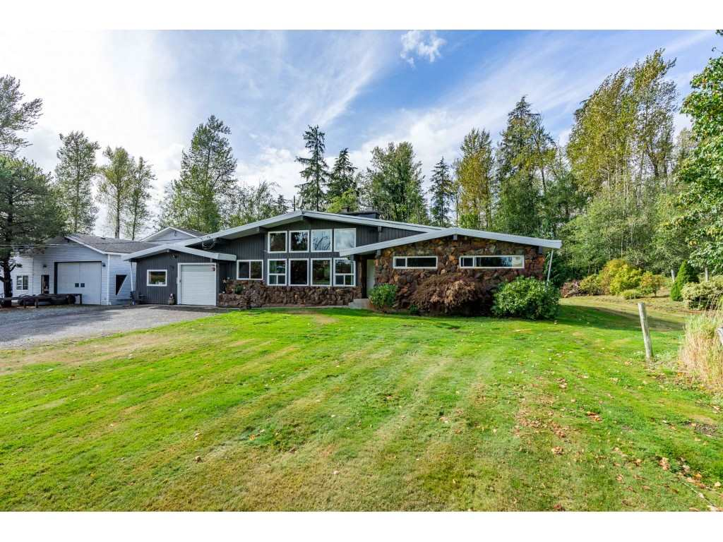 FEATURED LISTING: 26915 48 Avenue Langley