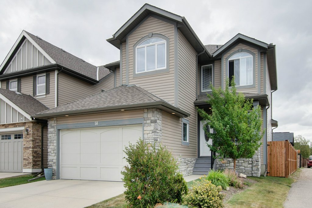 FEATURED LISTING: 58 KINGSLAND Way Southeast Airdrie