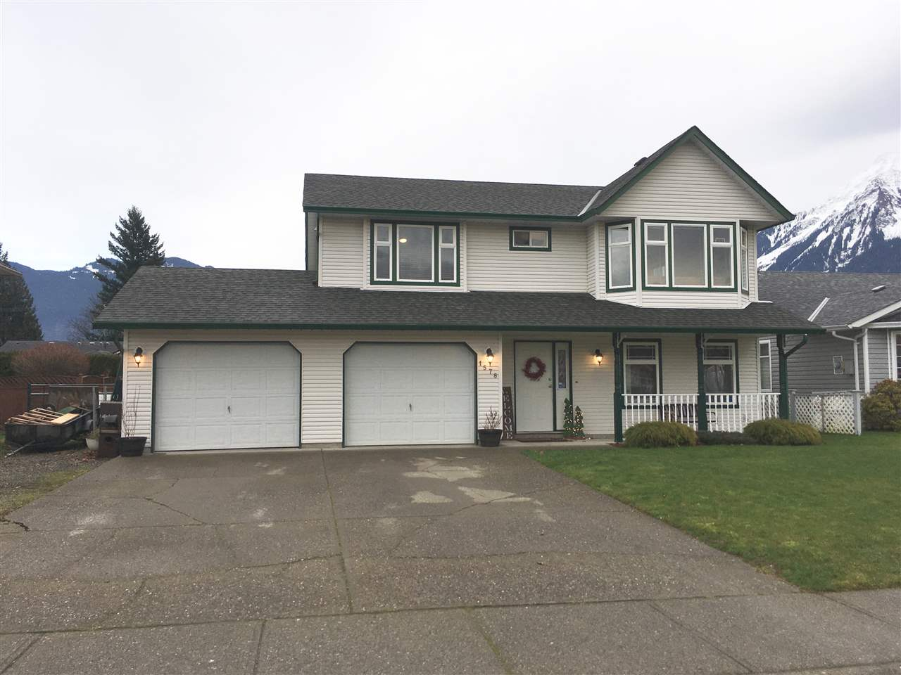 FEATURED LISTING: 1578 CANTERBURY Drive Agassiz