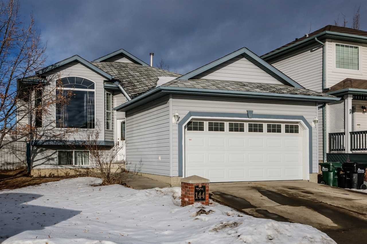 FEATURED LISTING: 144 FOXHAVEN Place Sherwood Park