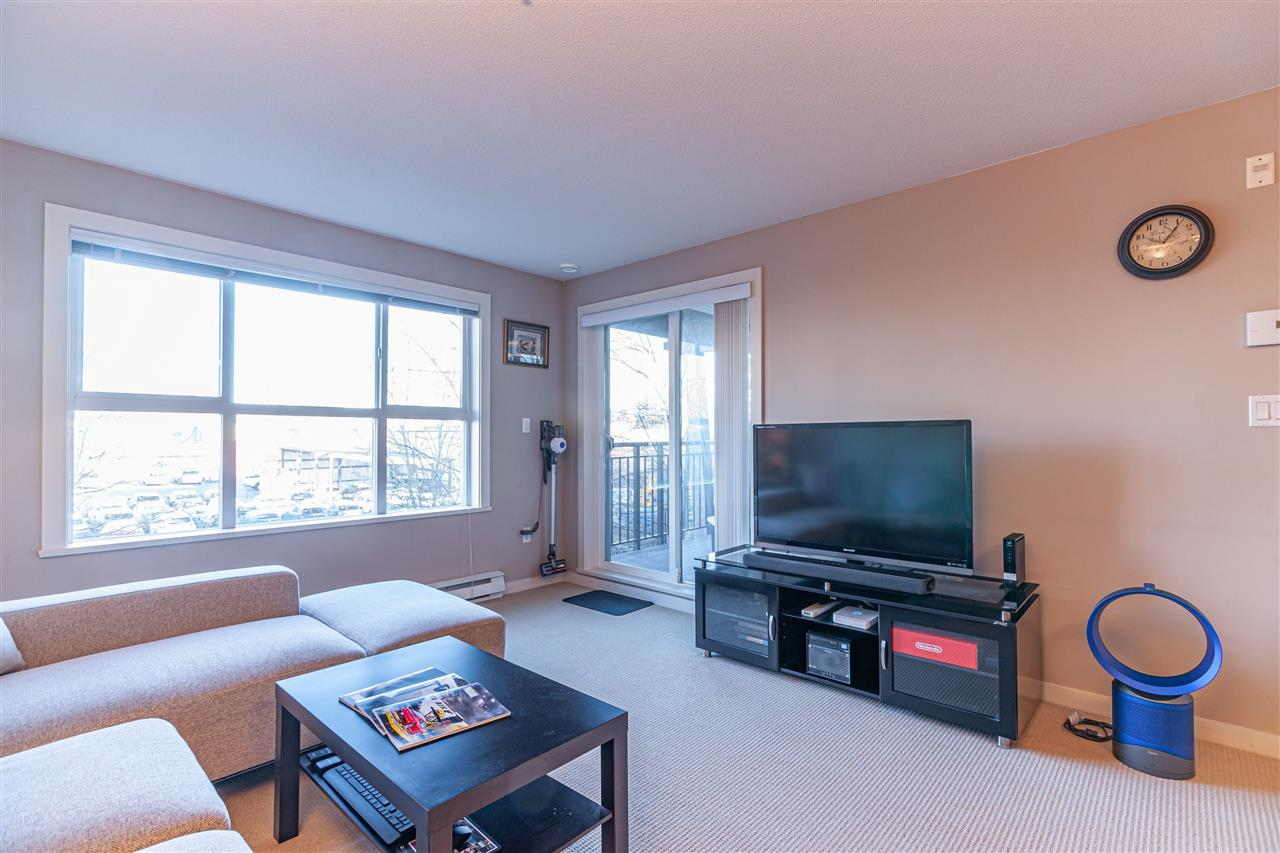 FEATURED LISTING: 305 5885 IRMIN Street Burnaby