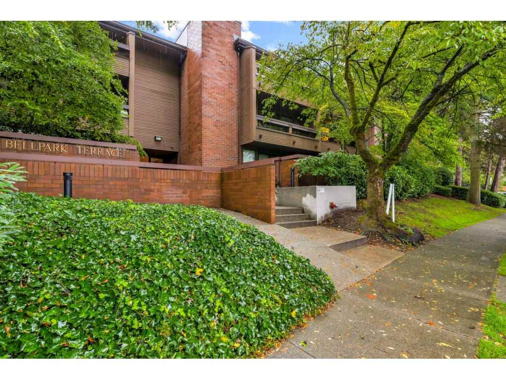 FEATURED LISTING: 207 - 3420 BELL Avenue Burnaby