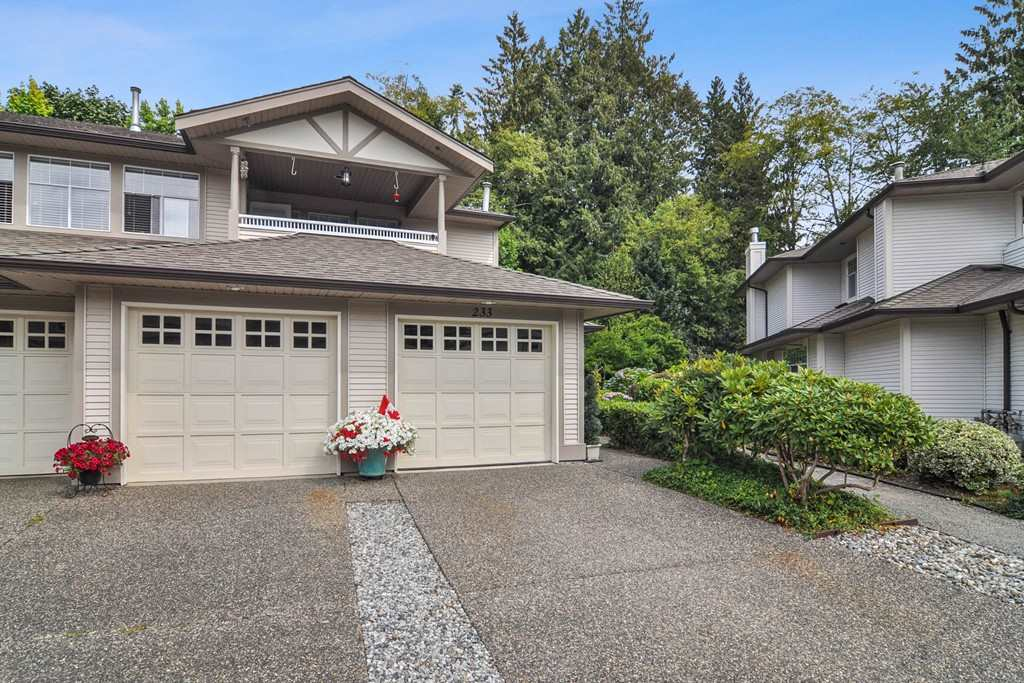FEATURED LISTING: 233 - 20391 96 Avenue Langley